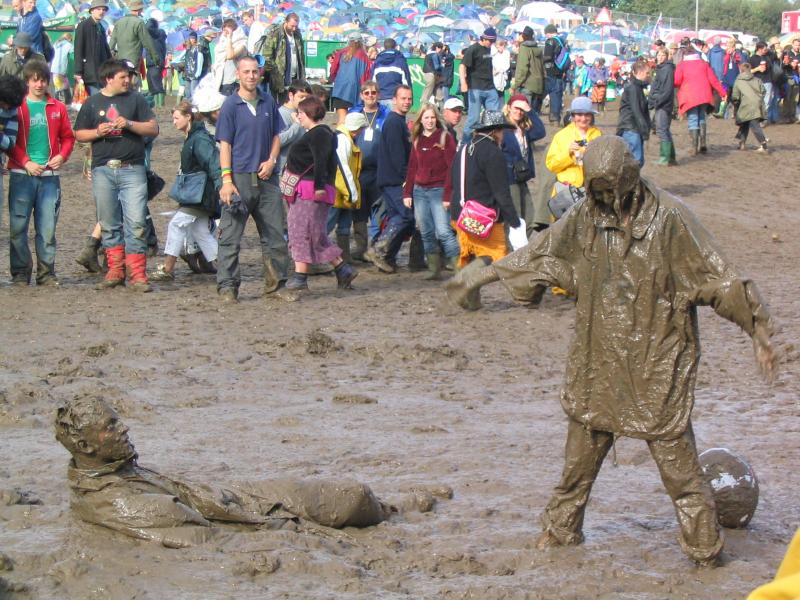 1277590950_Glastonbury_mud
